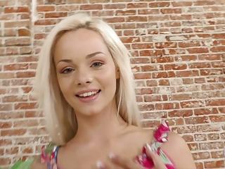 Petite blonde Elsa Jean does Handjob